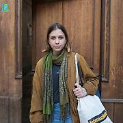 Piccolo Teatro Grassi, Milano, Italia, 30 Marzo 2021. Ellen Barlow, 19 anni, studentessa al primo anno di Fisica all'Università Milano Bicocca.
