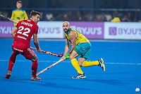 BHUBANESWAR, INDIA - Matthew Swann (Aus) with David Condon (Eng)   , England v Australia for the bronze medal during the Odisha World Cup Hockey for men  in the Kalinga Stadion.   COPYRIGHT KOEN SUYK