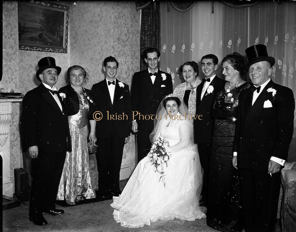 30/11/1952<br /> 11/30/1952<br /> 30 November 1952<br /> Wedding of Mr. B. Stein, 18 Westfield Road, Kimmage at Greenville Hall Synagogue, Dolphins Barn, Dublin.