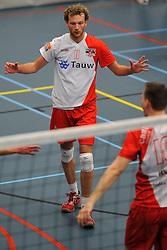 18-02-2012 VOLLEYBAL: TAUW GEMINI S - VOCASA: HILVERSUM<br /> B League heren, VoCASA wint vrij eenvoudig in Hilversum 22-25, 20-25, 22-25 / Elko Anema<br /> ©2012-FotoHoogendoorn.nl