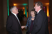 David Hockney, Joan Bakewell and Sir Christopher Frayling. Dinner at the opening of Degas, Sickert and Toulouse-Lautrec. Tate Britain. Pimlico, London.  London. 3 October 2005. . ONE TIME USE ONLY - DO NOT ARCHIVE © Copyright Photograph by Dafydd Jones 66 Stockwell Park Rd. London SW9 0DA Tel 020 7733 0108 www.dafjones.com