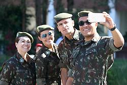 September 7, 2017 - Militares tiram selfie antes de entrar no desfile cívico de 7 de setembro, que passou pela avenida Candido de Abreu em Curitiba. (Credit Image: © Theo Marques/Fotoarena via ZUMA Press)
