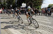 France April 13th 2014: Eventual winner Niki Terpstra, leads Team Sky's Geraint Thomas, Omega Pharma's Tom Boonen,  Bradley Wiggins, Team Sky, and Sebastien Langeveld, Garmin-Sharp, through Gruson on the way to the finish in Roubaix Velodrome. Copyright 2014 Peter Horrell