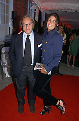 DIEGO DELLA VALLE and ELIZABETH SALTZMAN at a party to celebrate the opening of Roger Vivier in London held at The Orangery, Kensington Palace, London on 10th May 2006.<br /><br />NON EXCLUSIVE - WORLD RIGHTS