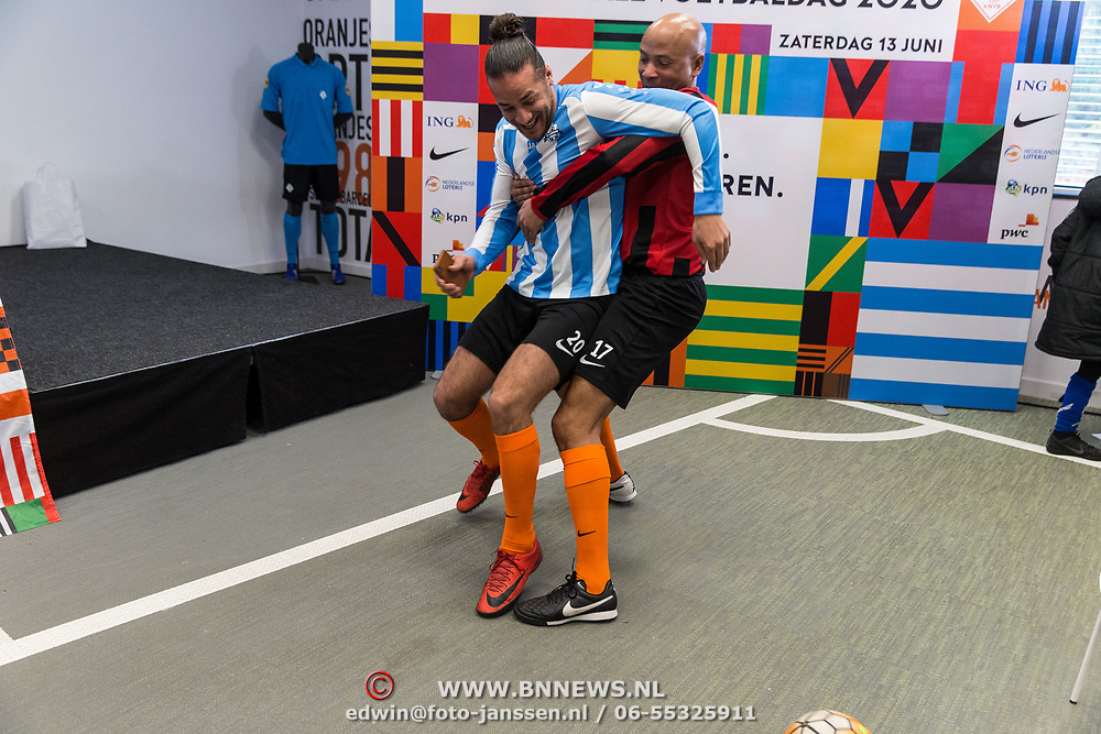 NLD/Zeist/20191123 - persconferentie Nationaal Artiesten Elftal van de KNVB, Humberto Tan en Juvat Westendorp