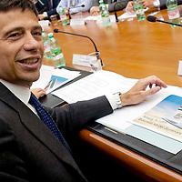 Alitalia. Incontro Governo  sindacati