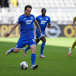 Sebastian Rudy (TSG 1899 Hoffenheim, #16), links Julian Brandt (Borussia Dortmund, #19); 1. Fussball-Bundesliga; Borussia Dortmund - TSG Hoffenheim am 27.06.2020 im Signal-Iduna-Park in Dormund (Nordrhein-Westfalen). <br /> <br /> FOTO: BEAUTIFUL SPORTS/WUNDERL/POOL/PIX-Sportfotos<br /> <br /> DFL REGULATIONS PROHIBIT ANY USE OF PHOTOGRAPHS AS IMAGE SEQUENCES AND/OR QUASI-VIDEO. <br /> <br /> EDITORIAL USE OLNY.<br /> National and<br /> international NewsAgencies OUT.<br /> <br /> <br /> <br /> Foto © PIX-Sportfotos *** Foto ist honorarpflichtig! *** Auf Anfrage in hoeherer Qualitaet/Aufloesung. Belegexemplar erbeten. Veroeffentlichung ausschliesslich fuer journalistisch-publizistische Zwecke. For editorial use only. DFL regulations prohibit any use of photographs as image sequences and/or quasi-video.
