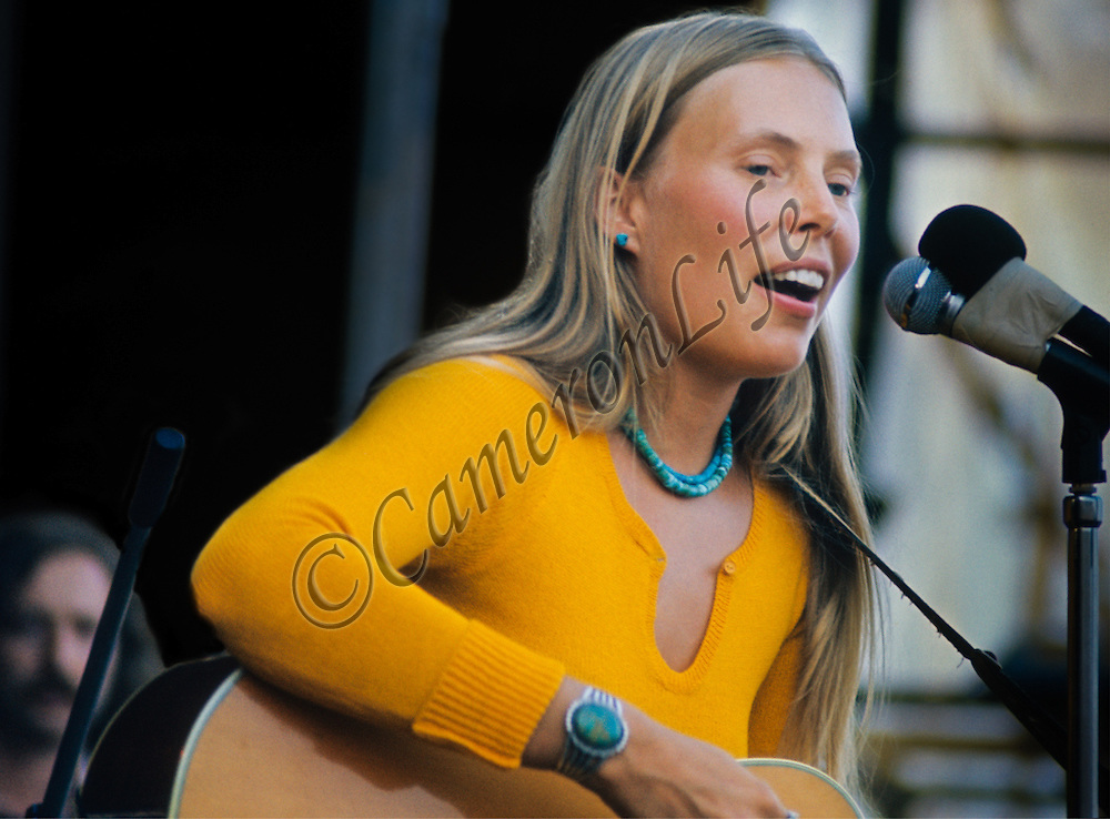 Joni Mitchell - Isle of Wight Music Festival 1970, by Charles Everest