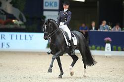 Keller Kathleen, (GER), Dick Tracy OLD<br /> Grand Prix Dressage München 2015<br /> © Hippo Foto - Stefan Lafrentz