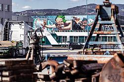 06.04.2019, Handelshafen, Linz, AUT, Saisonstart der Mural Harbour Gallery, am Samstag, 06. April 2019, anlässlich des Saisonstart der Mural Harbour Gallery, in Linz, im Bild Wandgemälde und Graffiti an den Gebäuden im Linzer Hafen // during the season start of the Mural Harbor Gallery at the Handelshafen in Linz, Austria on 2019/04/06. EXPA Pictures © 2019, PhotoCredit: EXPA/ JFK