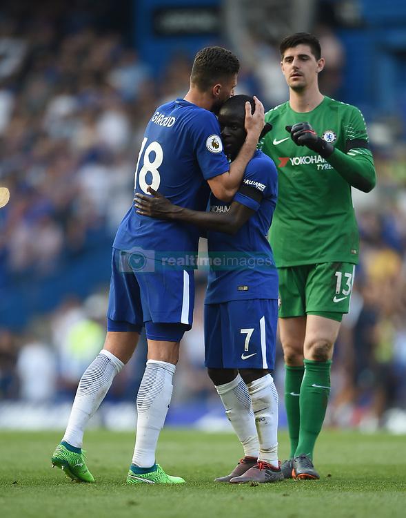 Chelsea's Olivier Giroud, N'Golo Kante and goalkeeper Thibaut Courtois celebrate at full time