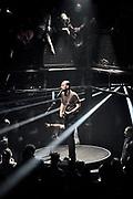 Nederland, the netherlands, Nijmegen, 19-11-2017Vandaag was het laatste live optreden in de concertreeks die De Staat geeft op het Vasim terrein. Het optreden vindt plaats in een grote tent van de Markies, en het podium is rond en kan draaien. De lichtshow en techniek zijn van grensverleggend niveau. De band krijgt van 2016 tot 2020 een subsidie, staatssubsidie, cultuursubsidie van bijna 1 miljoen en besteedt dat aan dit soort projecten.Foto: Flip Franssen