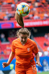 15-06-2019 FRA: Netherlands - Cameroon, Valenciennes<br /> FIFA Women's World Cup France group E match between Netherlands and Cameroon at Stade du Hainaut / Victoria Pelova #12 of the Netherlands