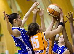Ivona Matic vs Esmary Vargas-Sanchez at finals match of Slovenian 1st Women league between KK Hit Kranjska Gora and ZKK Merkur Celje, on May 14, 2009, in Arena Vitranc, Kranjska Gora, Slovenia. Merkur Celje won the third time and became Slovenian National Champion. (Photo by Vid Ponikvar / Sportida)