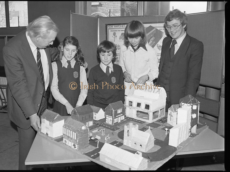 1980-03-07.7th March 1980.07/03/1980.03-07-80..Photographed at Maguire & Paterson, Dublin..Watching the Matching:..From Left:..Alan Buttanshaw, Managing Director of Maguire & Paterson..Sheila Hughes & Rodney Chichignoud, both members of the winning group entry from the 5th and 6th class, St Colmcille's National School, Knocklyon, Templeogue, Dublin..Ruth Buchanan, presenter of RTE's Poparama..Paul Dalton, teacher at St Colmcilles National School