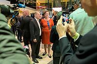26 OCT 2019, BERLIN/GERMANY:<br /> Olaf Scholz (L), SPD, Bundesfinanzminister, und Klara Geywitz (R), SPD Brandenburg, geben ein Statement, nach der Bekanntgabe der SPD-Mitgliederbefragung  zur Wahl des neuen Parteivorsitzes, Willy-Brandt-Haus<br /> IMAGE: 20191026-01-060<br /> KEYWORDS: Verkündung, Verkeundung, Mikrofon, microphone