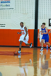 27 December 2010: 2010 State Farm Holiday Basketball Classic,  Normal Community High School Ironmen v Lake Forest Scouts