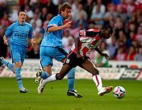 Photo: Alan Crowhurst.<br />Southampton v Coventry City. Coca Cola Championship. 09/08/2006. Bradley Wright-Phillips (R) goes close for Saints.