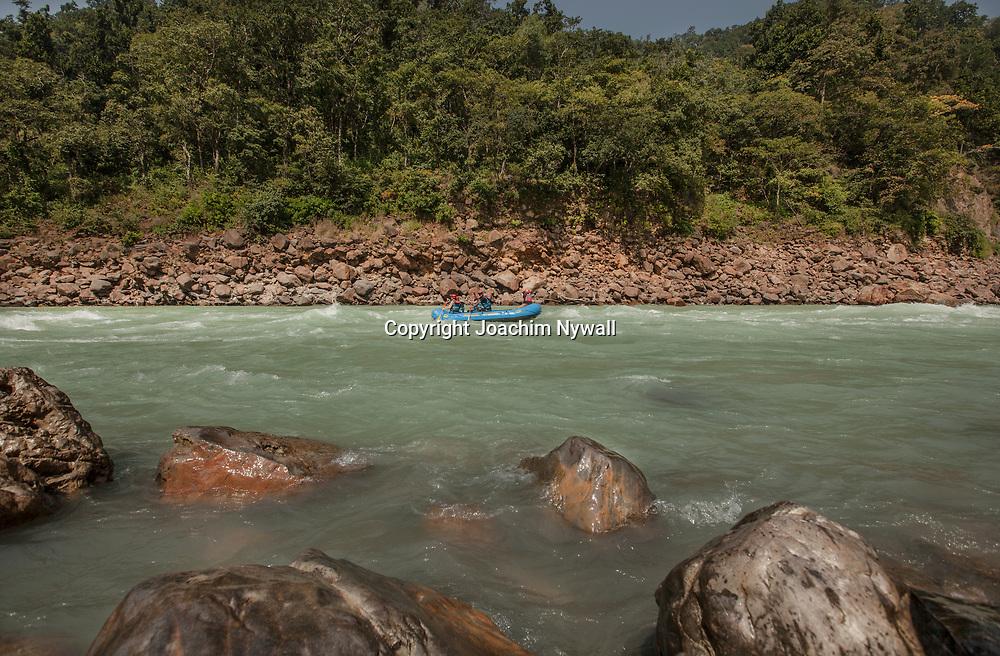 2016 10 17 Rishikeshi Uttarakhand India<br /> Rafting på Ganges<br /> <br /> ----<br /> FOTO : JOACHIM NYWALL KOD 0708840825_1<br /> COPYRIGHT JOACHIM NYWALL<br /> <br /> ***BETALBILD***<br /> Redovisas till <br /> NYWALL MEDIA AB<br /> Strandgatan 30<br /> 461 31 Trollhättan<br /> Prislista enl BLF , om inget annat avtalas.