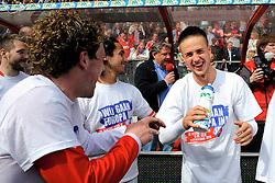 16-05-2010 VOETBAL: FC UTRECHT - RODA JC: UTRECHT<br /> FC Utrecht verslaat Roda in de finale van de Play-offs met 4-1 en gaat Europa in / Barry Maguire en Ricky van Wolfswinkel<br /> ©2010-WWW.FOTOHOOGENDOORN.NL