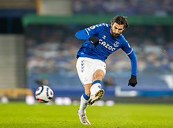 LIVERPOOL, ENGLAND - Monday, March 1, 2021: Everton's André Gomes during the FA Premier League match between Everton FC and Southampton FC at Goodison Park. Everton won 1-0. (Pic by David Rawcliffe/Propaganda)