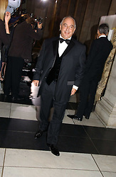 PHILIP GREEN at the British Fashion Awards 2006 sponsored by Swarovski held at the V&A Museum, Cromwell Road, London SW7 on 2nd November 2006.<br /><br />NON EXCLUSIVE - WORLD RIGHTS