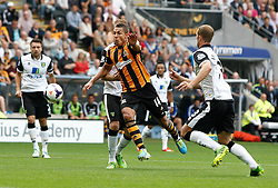 Hull City's Jake Livermore breaks through the Norwich defence  - Photo mandatory by-line: Matt Bunn/JMP - Tel: Mobile: 07966 386802 24/08/2013 - SPORT - FOOTBALL - KC Stadium - Hull -  Hull City V Norwich City - Barclays Premier League