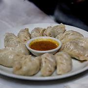 Shigatze Tibet China Kina 2011 08 13 Augusti<br /> Vägen upp till Everest Base camp<br /> Momos eller Dumplings på en restaurang i Shigatze<br /> <br /> FOTO : JOACHIM NYWALL KOD 0708840825_1<br /> COPYRIGHT JOACHIM NYWALL<br /> <br /> ***BETALBILD***<br /> Redovisas till <br /> NYWALL MEDIA AB<br /> Strandgatan 30<br /> 461 31 Trollhättan<br /> Prislista enl BLF , om inget annat avtalas.