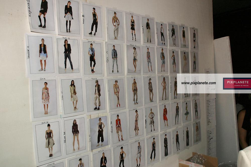 Prêt à porter Printemps / été 2005. Présentation de la collection Marithé et François Girbaud. Back stage. / PixPlanete