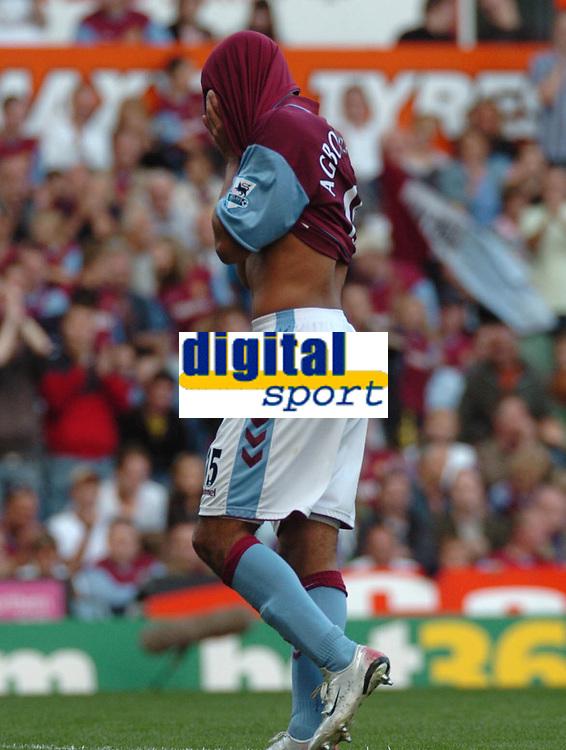 Photo: Ian Hebden.<br />Aston Villa v Charlton Athletic. The Barclays Premiership. 23/09/2006.<br />Villa's Gabriel Agbonlahor rues a missed opportunity.