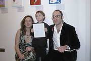 Emma Harding, Jensen Parsons and Simon Friedman, The Alive and Well dog project auction. The Hospital, Endell st. London. 31 January 2007.  -DO NOT ARCHIVE-© Copyright Photograph by Dafydd Jones. 248 Clapham Rd. London SW9 0PZ. Tel 0207 820 0771. www.dafjones.com.
