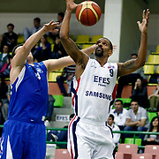 Efes Pilsen's Preston SHUMPERT (R) during their Turkish Basketball league match Efes Pilsen between Antalya BSB at the Ayhan Sahenk Arena in Istanbul Turkey on Wednesday 21 April 2010. Photo by Aykut AKICI/TURKPIX