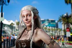 uly 21, 2017 - San Diego, California, U.S. - MAUREEN DAWSON of Arlington, VA dressed Daenerys Targaryen from Game of Thrones at Comic-Con. (Credit Image: © K.C. Alfred/San Diego Union-Tribune via ZUMA Wire)