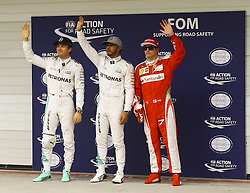 November 12, 2016 - Da esq. para dir. os pilotos Nico Rosberg (Mercedes AMG) Kimi Raikkonen e Lewis Hamilton ( Mercedes AMG (Scuderia Ferrari), ) e  comemoram desempenho para a corrida, durante o segundo dia de treino para o Grande Premio do Brasil de Formula 1 2016 realizada no Autódromo de Interlagos. (Credit Image: © Aloisio Mauricio/Fotoarena via ZUMA Press)