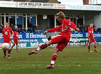 Luton Town/Blackburn Rovers FA Cup 4th Round 27.01.07 <br />Photo: Tim Parker Fotosports International<br />Morten Gamst Pedersen scores Blackburn Rovers 4th goal