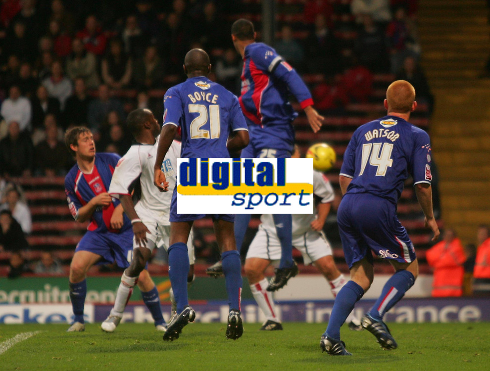 Photo: Frances Leader.<br />Crystal Palace v Sheffield Utd. Coca Cola Championship.<br />05/11/2005.<br />Stephen Kabba scores the third goal which was disputed by goalie Gabor Kiraly who got a yellow card.