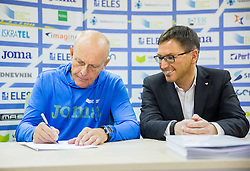 Svjetlan Vujasin and Roman Dobnikar, new president of AZS during press conference when Slovenian athletes and their coaches sign contracts with Athletic federation of Slovenia for year 2016, on February 25, 2016 in AZS, Ljubljana, Slovenia. Photo by Vid Ponikvar / Sportida