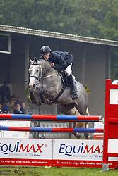 De Bruijn Pieter Martijn-Seabiscuit 5jr<br /> KWPN Paardendagen Ermelo 2004<br /> Photo © Hippo Foto