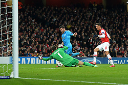 26.11.2013, The Emirates Stadium, London, ENG, UEFA CL, FC Arsenal vs Olympique Marseille, Gruppe F, im Bild Arsenal's Wojciech Szczesny makes, save from Marseille's Andre-Pierre Gignac // Arsenal's Wojciech Szczesny makes, save from Marseille's Andre-Pierre Gignac during UEFA Champions League group F match between FC Arsenal and Olympique Marseille at the The Emirates Stadium in London, Great Britain on 2013/11/26. EXPA Pictures © 2013, PhotoCredit: EXPA/ Mitchell Gunn<br /> <br /> *****ATTENTION - OUT of GBR*****