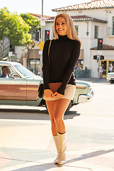 RELEASE DATE: August 9, 2019 TITLE: Once Upon a Time in Hollywood STUDIO: Columbia Pictures DIRECTOR: Quentin Tarantino PLOT: A TV actor and his stunt double embark on an odyssey to make a name for themselves in the film industry during the Charles Manson murders in 1969 Los Angeles. STARRING: MARGOT ROBBIE as Sharon Tate. (Credit Image: © Columbia Pictures/Entertainment Pictures/ZUMAPRESS.com)