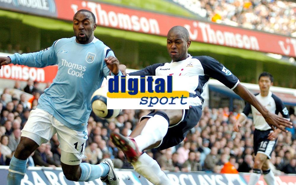 Photo: Ed Godden.<br />Tottenham Hotspur v Manchester City. The Barclays Premiership. 08/04/2006. Darius Vassell (L) and Spurs' Anthony Gardner battle.