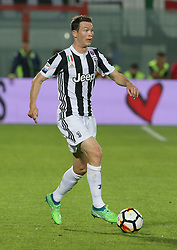 April 18, 2018 - Crotone, Calabria, Italy - STEPHAN LICHSTEINER of Juventus during the serie A match between FC Crotone and Juventus at Stadio Comunale Ezio Scida on April 18, 2018 in Crotone, Italy. (Credit Image: © Gabriele Maricchiolo/NurPhoto via ZUMA Press)