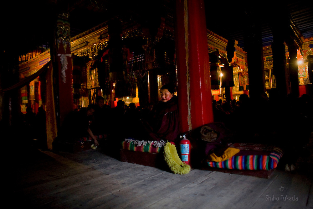 Tibet New Year - China - Edward Wong<br /> Monks gather for morning prayer at Rongwo monastery  (Longwu in Chinese) on Tibetan New Year's Day in Rebkong (Tongren in Chinese), Qinghai province in China, February 25, 2009. Photo by Shiho Fukada for The New York Times