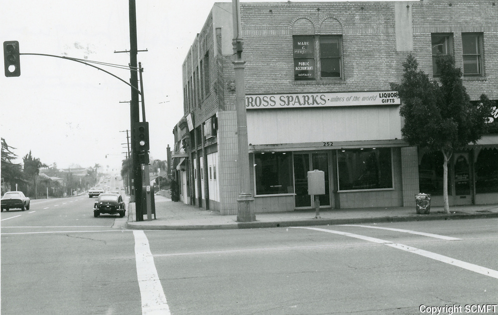 1974 Ross Sparks liquor store on SE corner of Larchmont & Beverly Blvd.