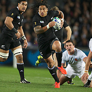 Ma'a Nonu, New Zealand, makes a break during the New Zealand V France, Pool A match during the IRB Rugby World Cup tournament. Eden Park, Auckland, New Zealand, 24th September 2011. Photo Tim Clayton...
