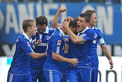 02.10.2011,  Imtech Arena, Hamburg, GER, 1. FBL, Hamburger SV (GER) vs Schalke 04 (GER), im Bild Klaas-Jan Huntelaar (Schalke #25) schiesst das 1-0 fuer Schalke vorbei an Jaroslav Drobny (Hamburg #01) und jubelt mit der Mannschaft// during match at Imtech Arena 2011/10/02,Hamburg.EXPA Pictures © 2011, PhotoCredit: EXPA/ nph/  Witke       ****** out of GER / CRO  / BEL ******