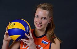 22-05-2015 NED: Selectie Nederlands Volleybalteam vrouwen 2015, Arnhem<br /> Op Papendal werd de photoshoot met de Nederlandse Volleybal vrouwen gedaan / Nicole Oude Luttikhuis