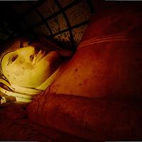 Buddha staue at Bagan