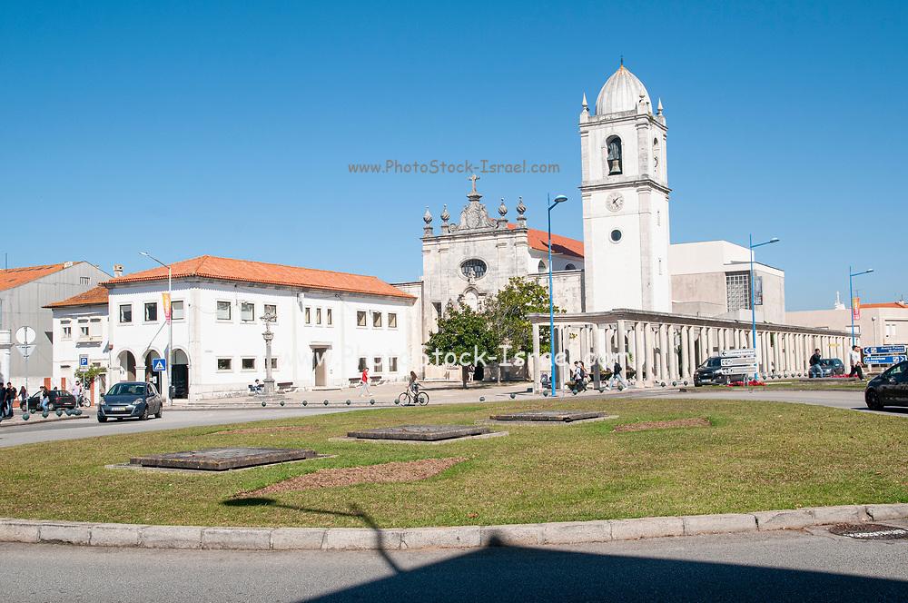 Santo Domingo cathedral and the former 15th century Santa Joana Jesus convent, Aveiro, Portugal