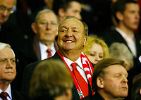 Fotball<br /> Foto: Propaganda/Digitalsport<br /> NORWAY ONLY<br /> <br /> Liverpool, England - Tuesday, March 6, 2007: American billionaire Tom Hicks sitting in the crowed before Liverpool takes on FC Barcelona in the UEFA Champions League First Knockout Round 2nd Leg at Anfield.